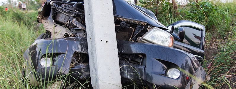 Single Vehicle Auto Accidents with Stationary Objects in Delaware